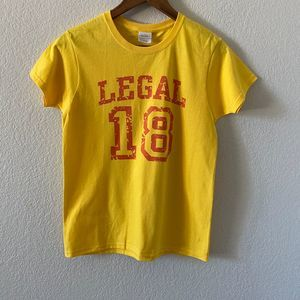 Gildan Ultra Cotton Yellow Legal 18 T-Shirt Small